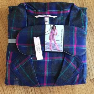 Victoria's Secret Flannel Pajamas new with tags